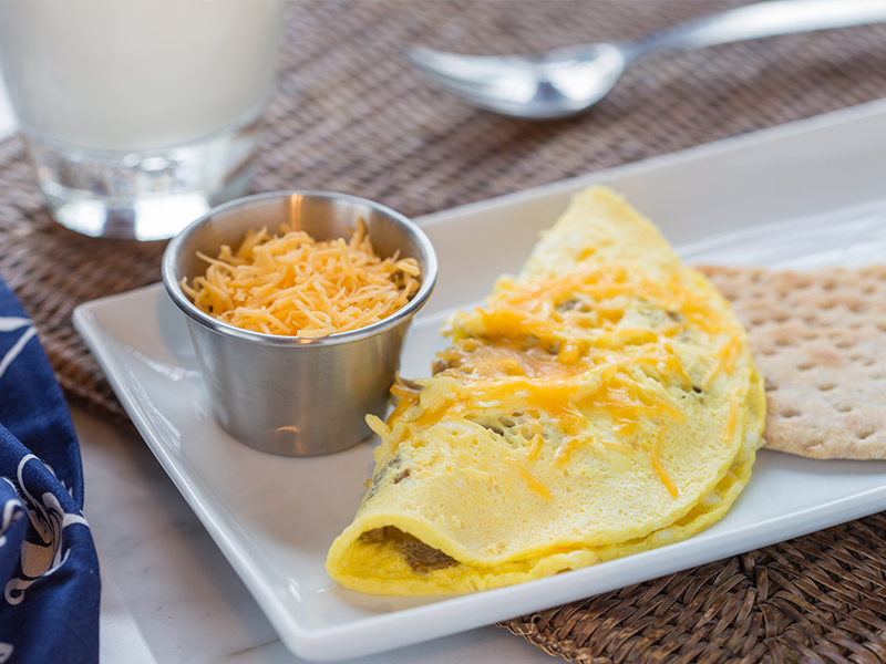 1-Minute Sausage Egg and Cheese Omelet - Milk Recipes and ...