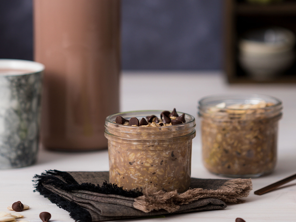 Chocolate milk overnight oats