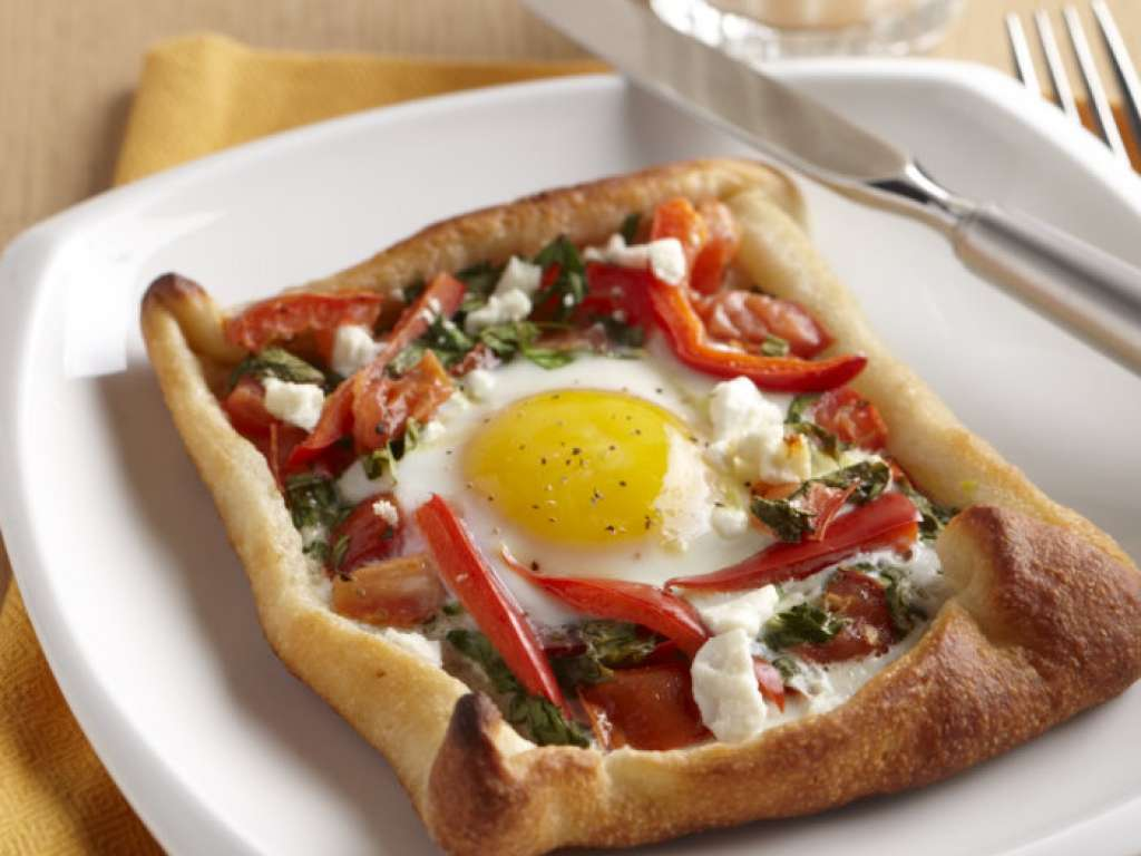 Egg thanean breakfast pizza milk recipes and other healthy egg thanean breakfast pizza forumfinder Images