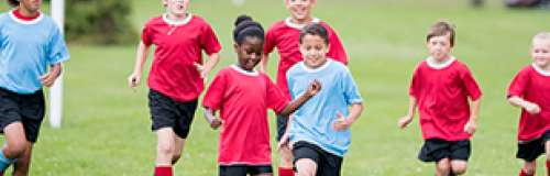 Sports nutrition for kids includes nutritious milk